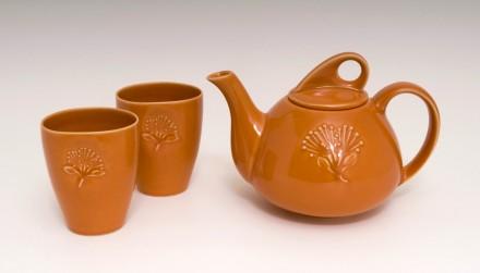 Pohutukawa Teapot and Beakers