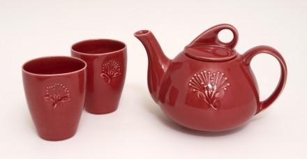 Pohutukawa Teapot and Beakers Red